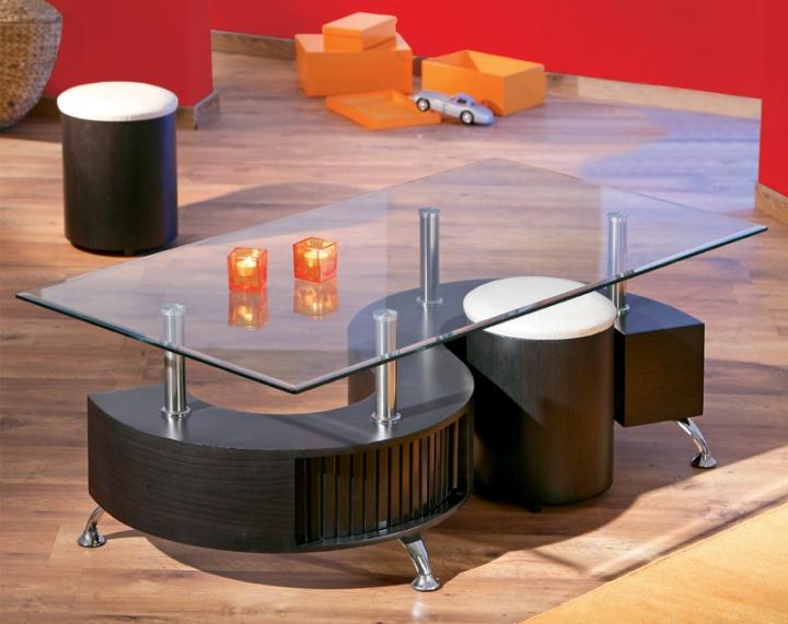 Moderný konferenčný stolík s 2 taburetkami