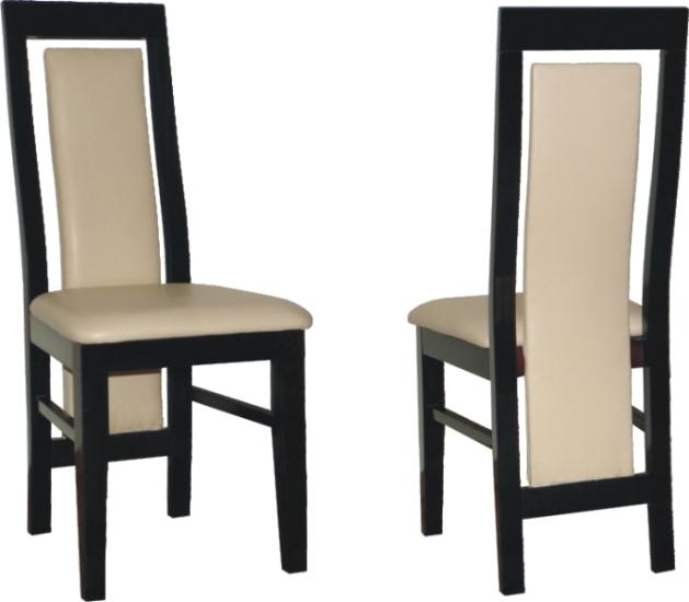 Jedálenská stolička je vyrobená z bukového dreva